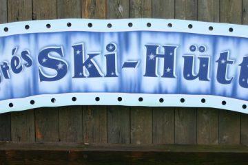 """Ski-Hütte"""