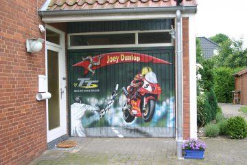 """Garagentor: """"Dunlop"""""""